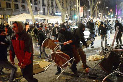 Incidentes en Barcelona en la protesta pro Gamonal.