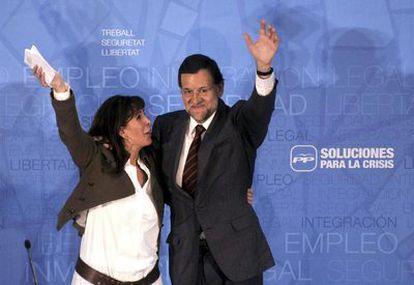 Mariano Rajoy y la candidata del PP para las elecciones catalanas, Alicia Sánchez Camacho, en mitin en Girona.