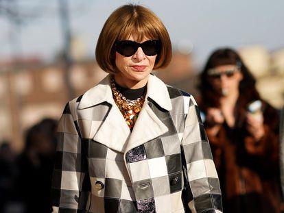 Anna Wintour, con sus inseparables gafas oscuras, durante la Semana de la Moda de Milán el pasado mes de febrero.
