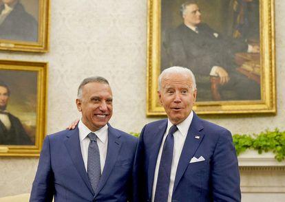 Mustafa al Kadhimi y Joe Biden en la Casa Blanca el lunes.