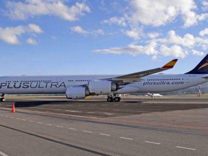 Un A340 de la aerolínea Plus Ultra.