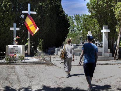 Homenaje a la franquista División Azul, que combatió con los nazis.