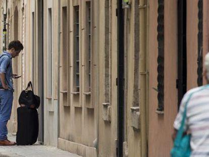 Los pisos turísticos ilegales evitarán las multas si pasan a alquiler social