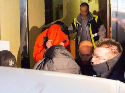 La denunciante, una chica de 15 años, confesó los supuestos abusos a su psicólogo