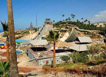 La familia Kiessling ha invertido 50 millones de euros en Siam Park, que se construye en la costa sur de Tenerife.