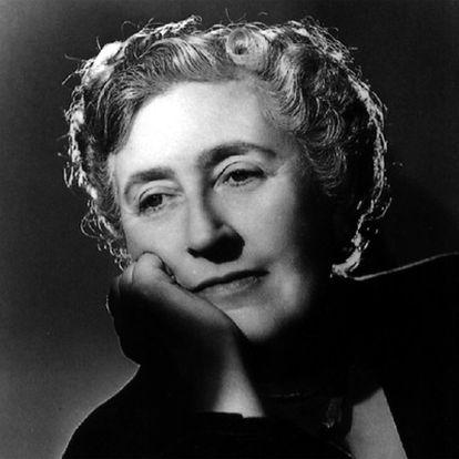 Retrato de Agatha Christie.