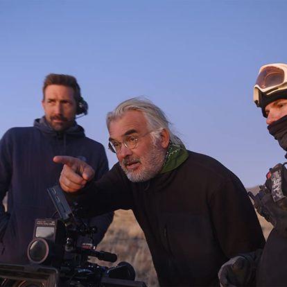 Paul Greengrass, en el rodaje de 'Noticias del gran mundo'.
