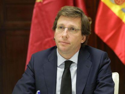 El alcalde de la capital, José Luis Martínez-Almeida, preside la reunión telemática de la Junta de Gobierno.
