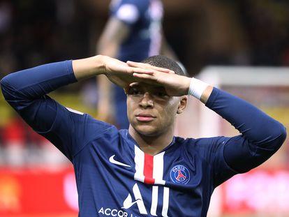 Kylian Mbappé celebra uno de sus goles con el PSG en Ligue 1.
