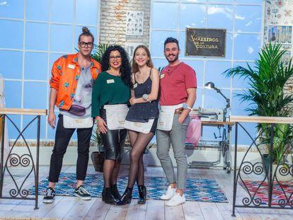Eduardo, Luisa, Alicia y Antonio, finalistas de 'Maestros de la costura'.