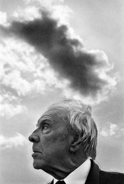 Jorge Luis Borges fotografiado en Palermo (Sicilia) en 1984.