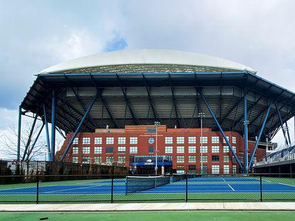 Exteriores de la pista Arthur Ashe de Nueva York, la más grande del planeta (23.780 espectadores).