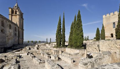 El recinto monumental del castillo de La Mota fue uno de los sistemas defensivos más complejos de Al-Andalus.