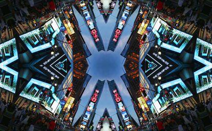 Imagen caleidoscópica de Times Square, en Nueva York.