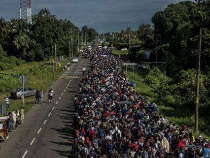 El país norteamericano se debate entre seguir el guión del presidente de EE UU o atender el drama migratorio en la frontera sur