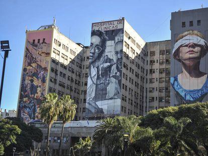 Tres murales recuerdan desde esta semana a las víctimas del atentado a la AMIA en el Hospital de Clínicas, donde se atendió a la mayor parte de los heridos.