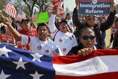 Jornaleros de Palm Beach (Florida) se manifiestan en Washington por la reforma migratoria
