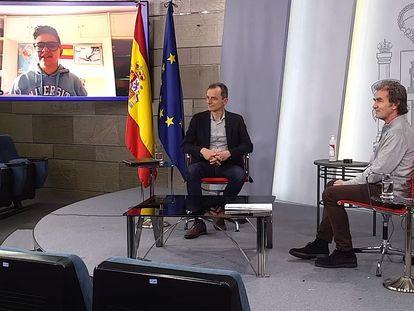 #LaInfanciaPregunta, una charla de menores desde Moncloa con el ministro Pedro Duque y el doctor Fernando Simón.