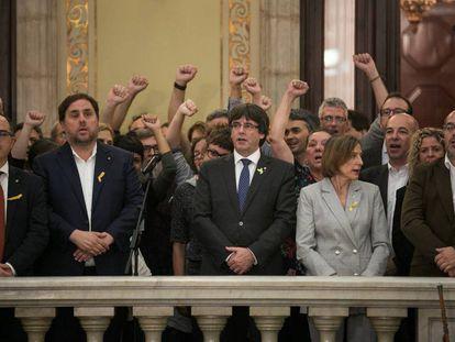 Celebración en el Parlament tras la proclamación de la república catalana, el 27 de octubre de 2017.