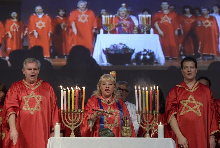 Un ritual de la Cábala durante la feria MAGiC Internacional, sobre nueva espiritualidad y crecimiento personal, en noviembre de 2014