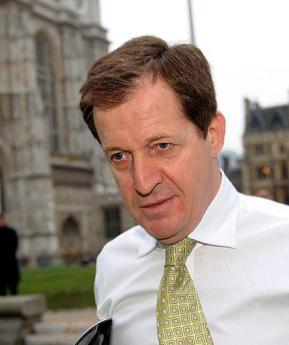 Alastair Campbell, ex jefe de prensa de Blair, a su llegada al Parlamento británico.
