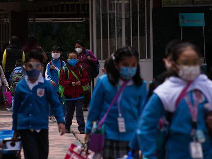 Alumnos de la escuela República Española, en Ciudad de México.