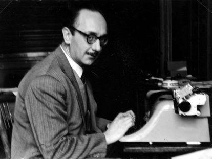 """Josep María Amat-Piniella, autor de la novel·la """"La clau de Volta"""""""