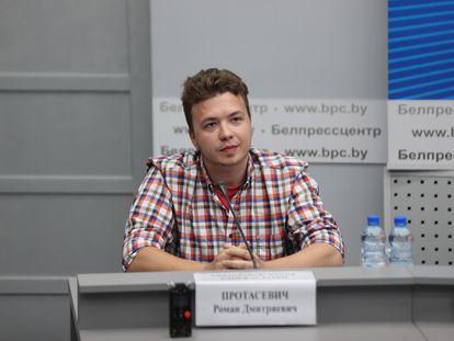Roman Protasevich, el 16 de junio de 2021 en Minsk (Bielorrusia).
