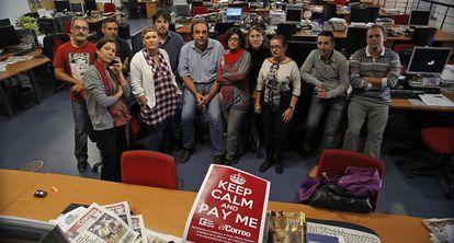 Trabajadores de 'El Correo de Andalucía', en la sede del periódico.