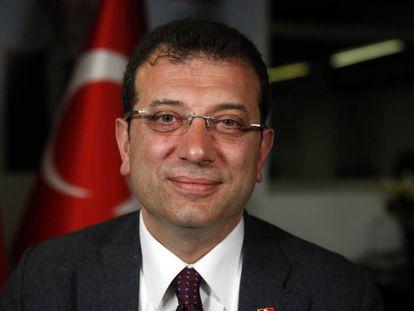 Imagen del opositor socialdemócrata Ekrem Imamoglu, ganador de las elecciones municipales en Estambul del pasado marzo.