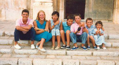 Federico, Georgina, María, Mateo, Marcos, Lucas y Nazareth.