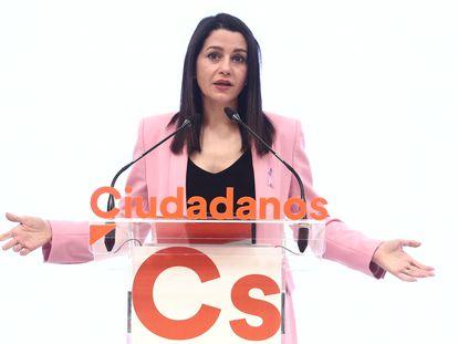 La presidenta de Ciudadanos, Inés Arrimadas, ofrece una rueda de prensa posterior a la reunión del Comité Permanente de Ciudadanos, el pasado 8 de marzo.