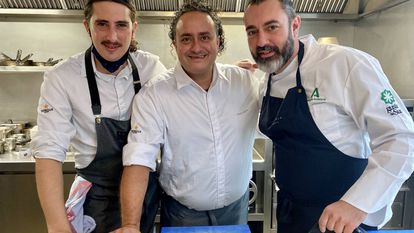 Alberto Pacheco, Ricardo Acquista y Rafa Zafra en las cocinas de Estimar, Madrid J.C. CAPEL