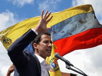 Todas las potencias americanas, salvo México, respaldan a Juan Guaidó. Maduro anuncia la ruptura de relaciones con Washington