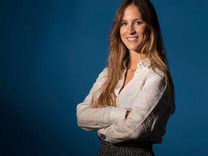 La ingeniera Ana Rodes ha desarrollado un tejido capaz de convertir la radiación solar en energía eléctrica.