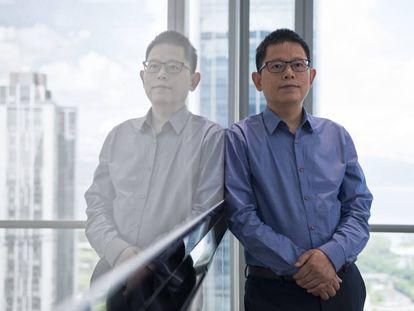 Li Bingzhong, más conocido como Sky Li, nació en 1975 en Leshan, en la entonces depauperada provincia occidental de Sichuan. Se graduó a casi 2.000 kilómetros de allí, en la Universidad de Aeronáutica y Astronáutica de Nanjing. Nada más recibir el título fue contratado por BBK Audio and Visual Electronics, el grupo en el que ha desarrollado toda su carrera. Después de ser vicepresidente de OPPO, en 2018  fundó Realme. Foto: Zigor Aldama
