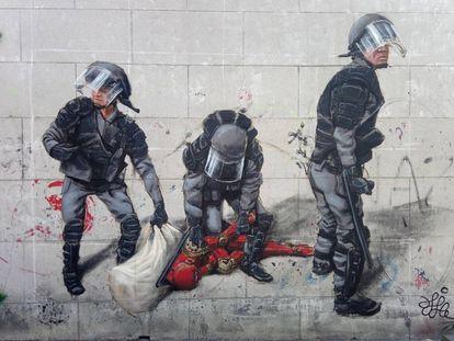 'Oda a la policía protegiendo al Skynet'. Imagen cedida por el artista Guillermo J Bueno