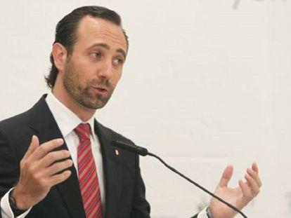 En foto: el expresidente de Baleares José Ramón Bauzá. En vídeo: declaraciones de Albert Rivera, el presidente de Ciudadanos.