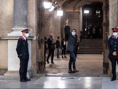 El presidente de Òmnium Cultural, Jordi Cuixart, llega al Palacio de la Generalitat para la toma de posesión de Pere Aragonès como presidente, este 24 de mayo.