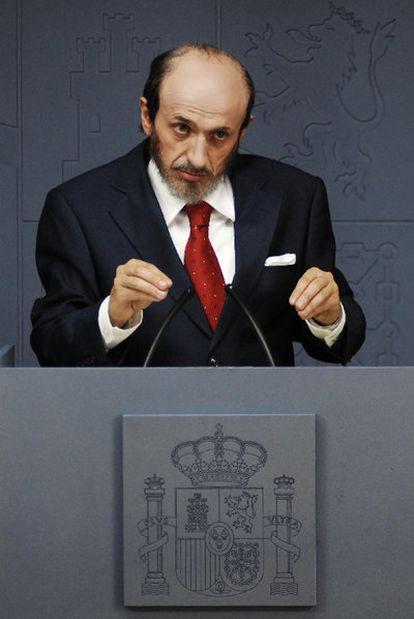 José Mota, caracterizado como Alfredo Pérez Rubalcaba (TVE-1).