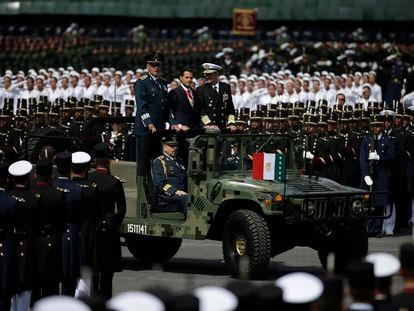 El expresidente Enrique Pena Nieto en el desfile militar, en 2016.