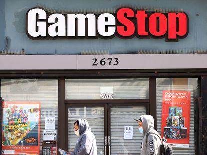Fachada de una tienda de GameStop en San Francisco (EE UU), el 10 de marzo.