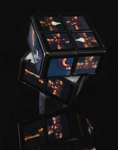 WOWCube también puede ser una lámpara de noche, un acuario o incluso una chimenea digital.