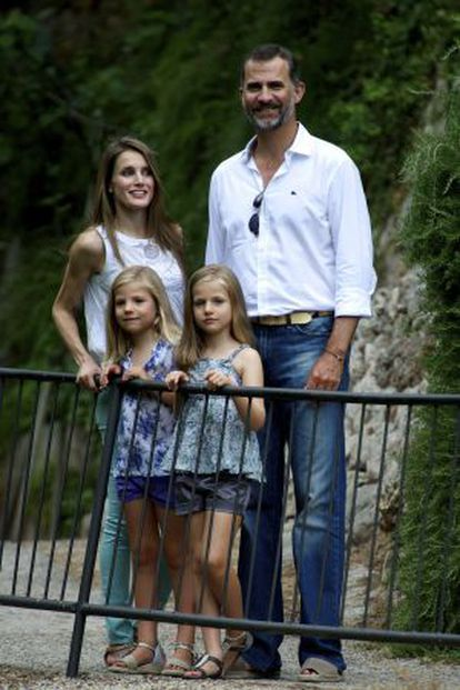 Los Príncipes de Asturias, con sus hijas, el pasado verano en Palma de Mallorca.