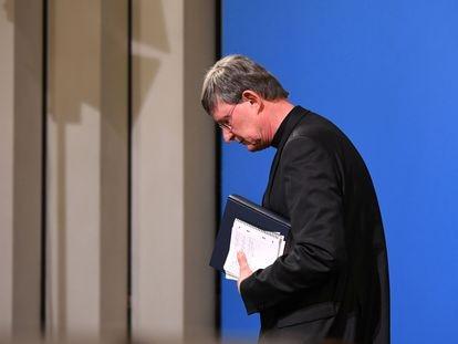 El arzobispo de Colonia, Rainer Maria Woelki, este jueves, tras la conferencia de prensa sobre los casos de abusos en la Iglesia.