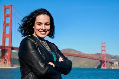 La ingeniera en el puente Golden Gate, puerta de entrada a Silicon Valley.