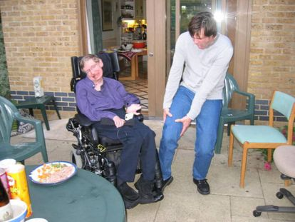 El cómico Jim Carrey bromea con Stephen Hawking.