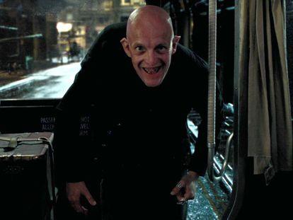 El actor interpretando a Tom, el tabernero del Caldero Chorreante, en 'Harry Potter y el prisionero de Azkaban'.