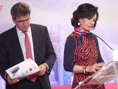 El consejero delegado del Banco Santander, José Antonio Álvarez y la presidenta, Ana Botín durante la presentación de los resultados correspondientes al ejercicio 2019.