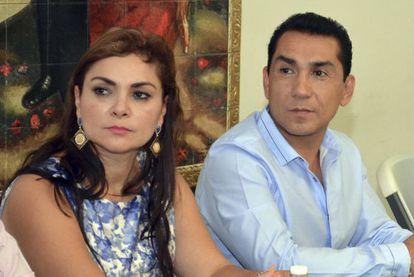 El alcalde de Iguala, José Luis Abarca, y su esposa